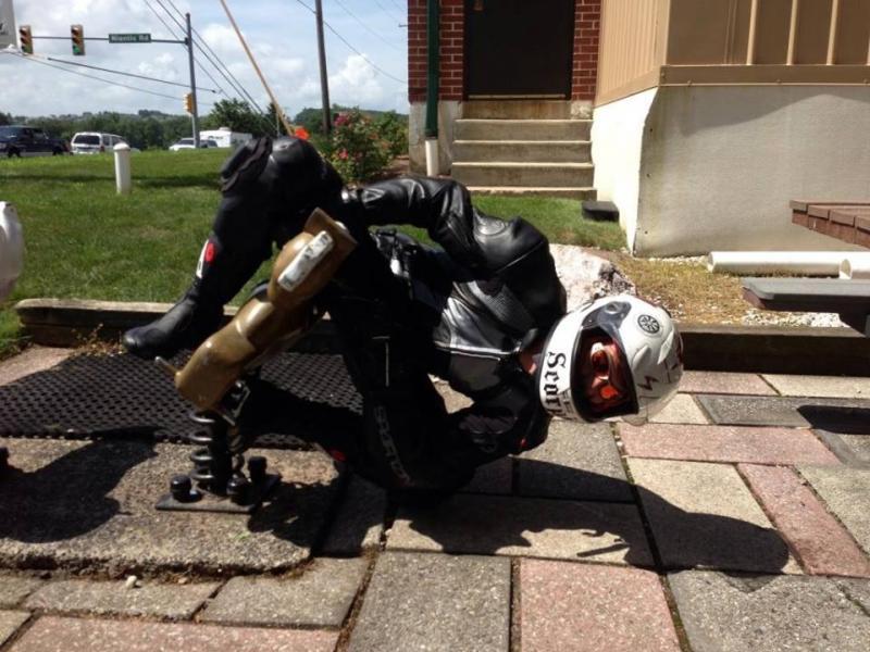 motosiklet anları 2 - Felaketten 1 saniye önce çekilmiş 20 fotoğraf