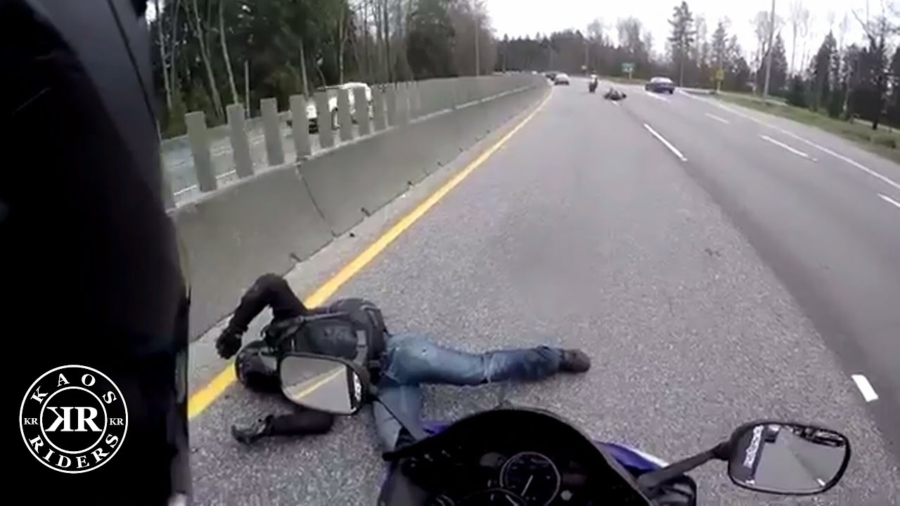 motosiklet anları 5 - Felaketten 1 saniye önce çekilmiş 20 fotoğraf