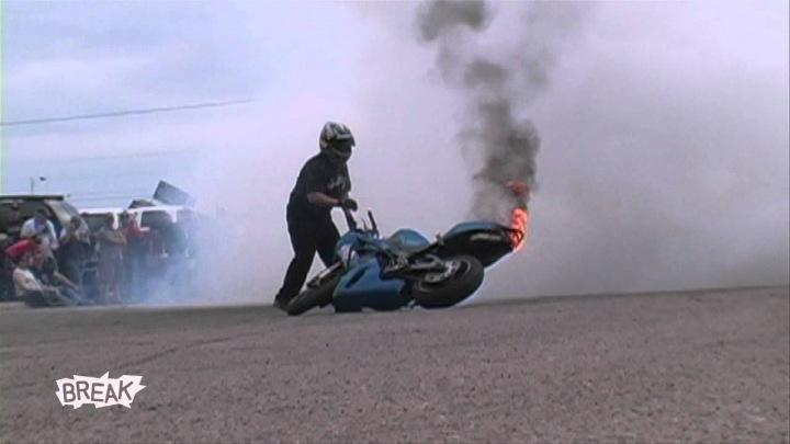 motosiklet anları 9 - Felaketten 1 saniye önce çekilmiş 20 fotoğraf