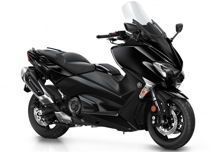 2108 Yamaha TMax 1 850x584 - 2018 Yamaha TMax SX Sports Edition