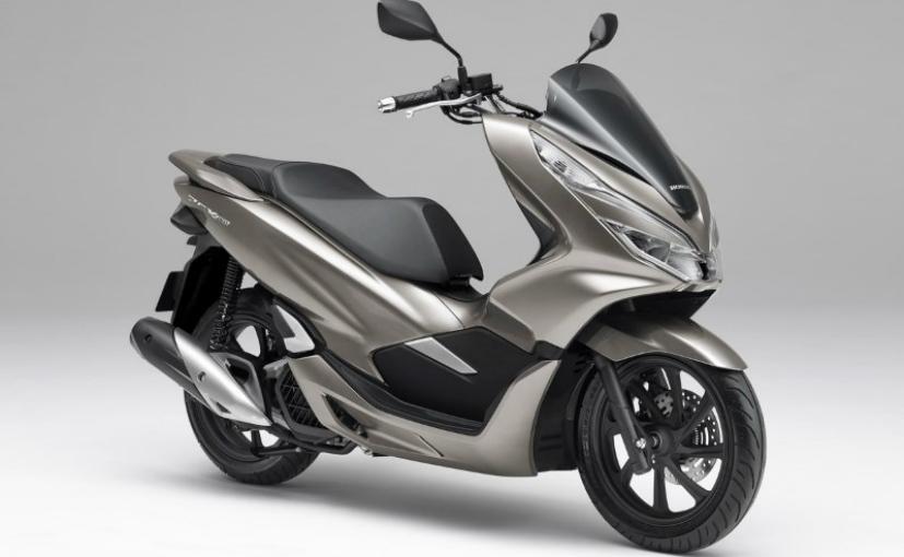 2019 honda pcx150 1 - 2019 Honda PCX 150