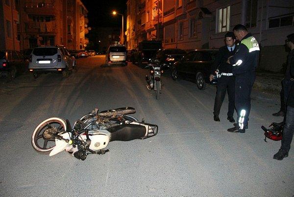 Image result for ters şeritten gelen araç ve motosiklet
