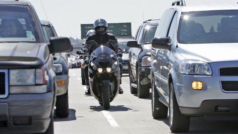 Sürüş Sırasında Ağır Vasıta Araçlardan Uzak Durmak