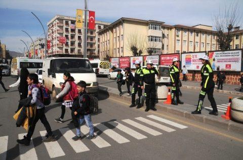 Türkiye genelinde yaya öncelikli trafik uygulaması bugün başladı