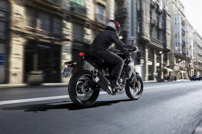 cb300r 2 800x533 - Honda CB300R: Tüm bilmeniz gerekenler