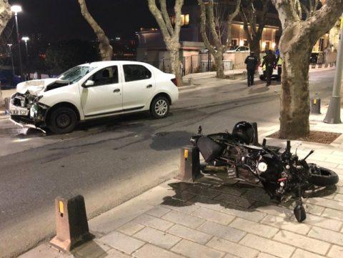 Üsküdar'da feci kaza: Kafa kafaya çarpıştılar