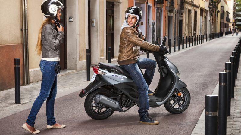 2018 Yamaha NEO50F EU 800x450 - Ehliyet gerektirmeyen 50cc motorlar