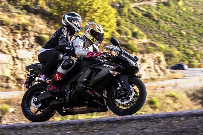 Motosiklete artçı olmak