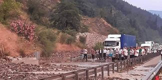 izmir-manisa-yolu-1