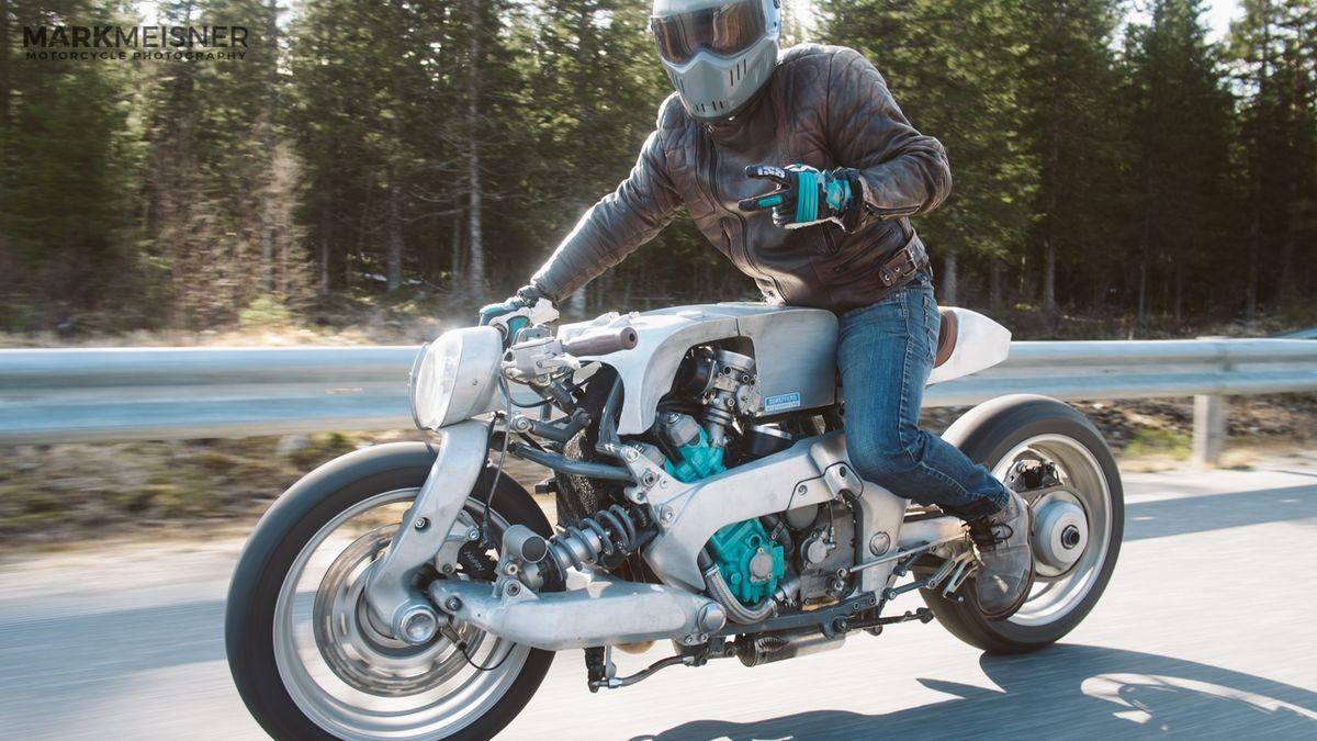 3QDhMK7y1g0 - Yamaha GTS 1000