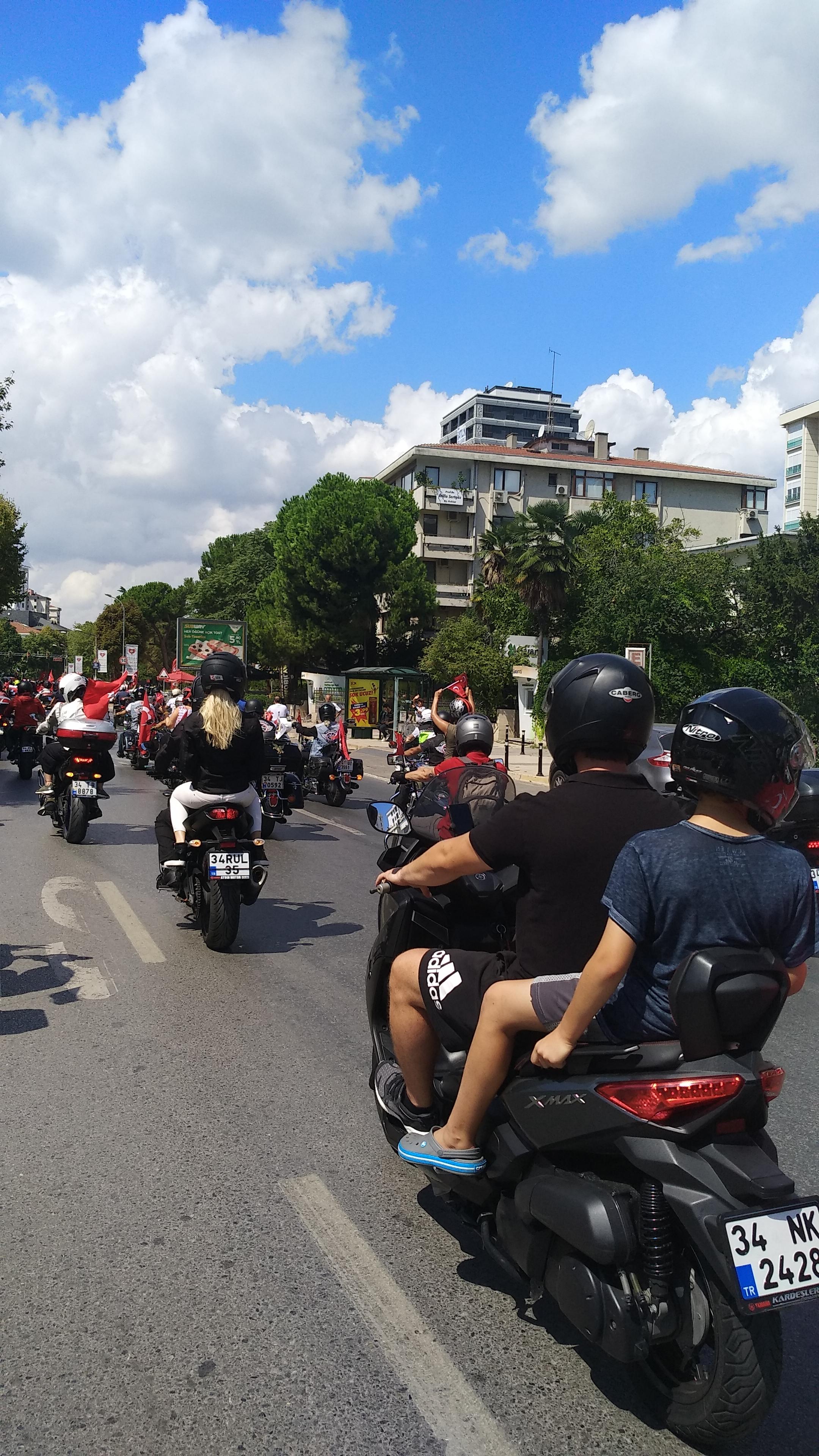 30 Ağustos Zafer Bayramı Motosiklet Sürüşü Bağdat caddesi