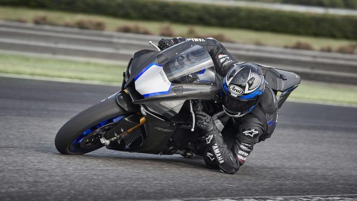 2020-Yamaha-YZF1000R1SP