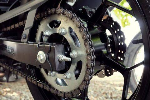 Motosiklet Zincir Yağlama Kolay Yöntem