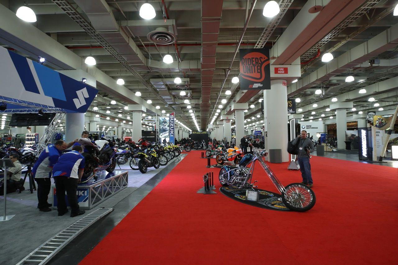 20191206 2 39716123 50144311 4Onq.jpg - Motosiklet Fuarı New York Javits Center'da ziyaretçilere kapılarını açtı
