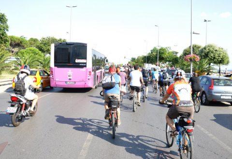 Bisiklet ve motorsuz taşıt kullanmada yaş sınırı