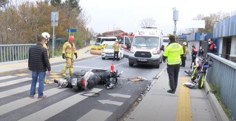 Feci kazada, Motosiklet Sürücüleri Kafa Kafaya Çarpıştı